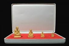 พระรูปหล่อทองคำ ชุดกรรมการ หลวงปู่ทวด สร้างเจดีย์ ปี 2533